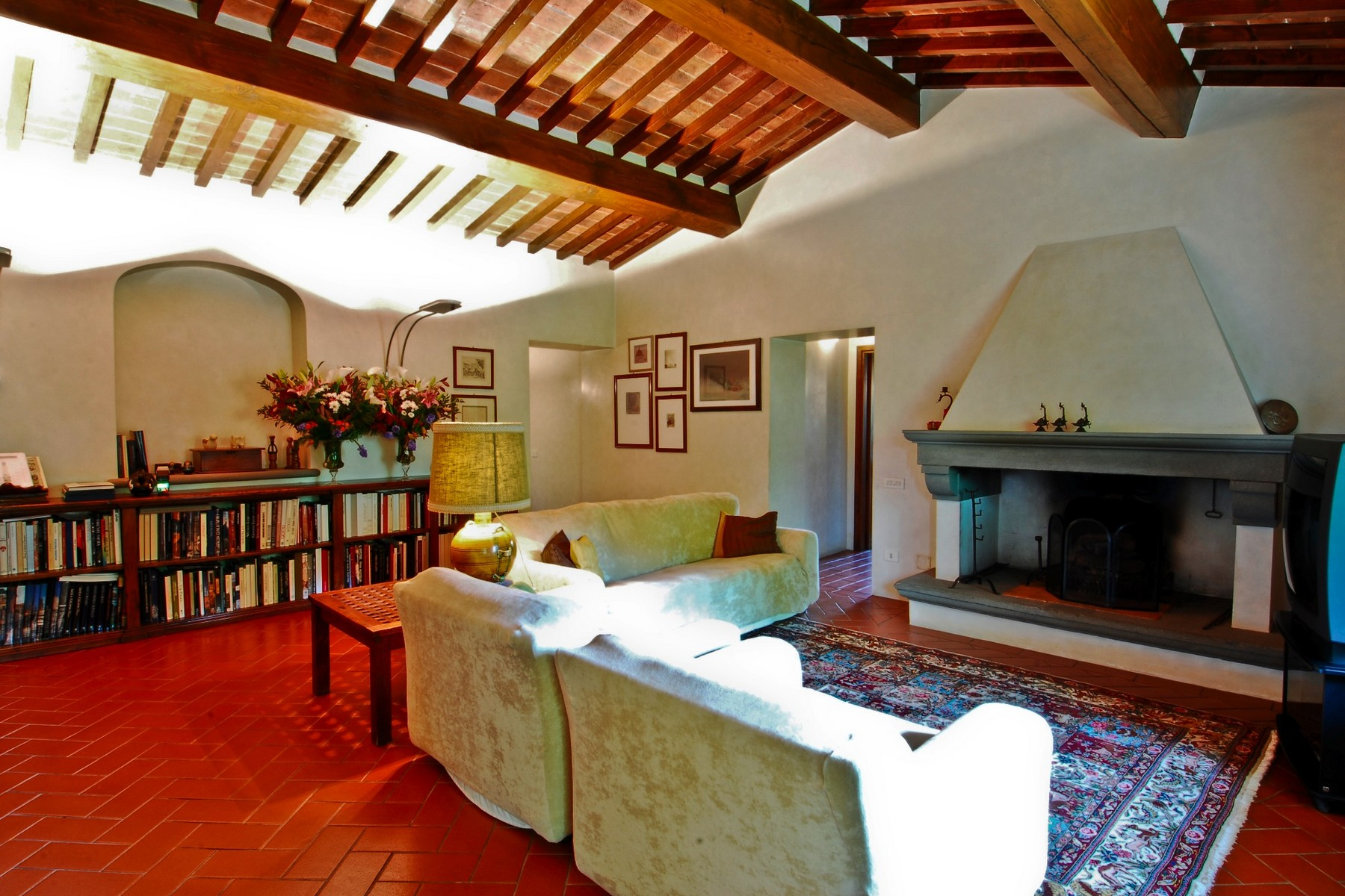 Additional photo for property listing at Exclusive villa close to Florence Via di Villamagna Bagno A Ripoli, Florence 50012 Italie