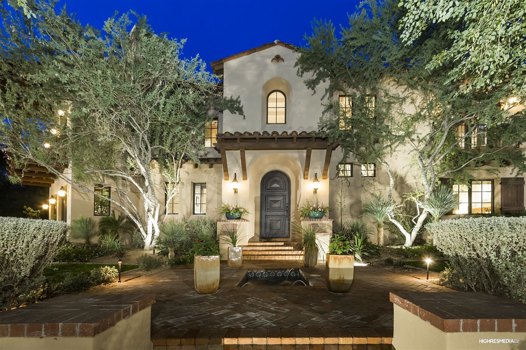 Single Family Home for Sale at Gorgeous estate in prestigious Arcadia at Silverleaf 19453 N 98th Place Scottsdale, Arizona 85255 United States