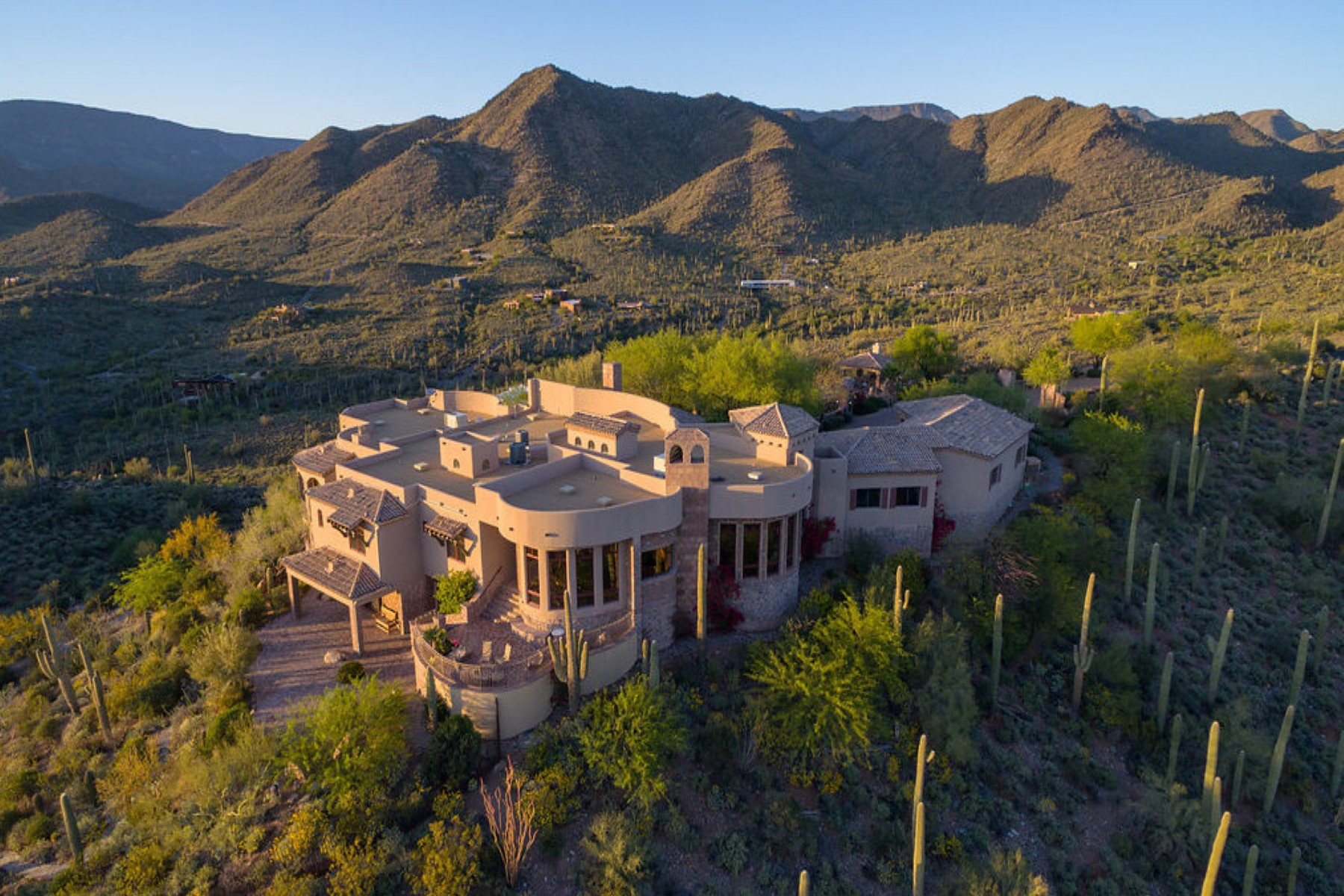 一戸建て のために 売買 アット Phoenix area's most secluded and private gated mountaintop estate 42820 N Fleming Springs Rd Cave Creek, アリゾナ, 85331 アメリカ合衆国
