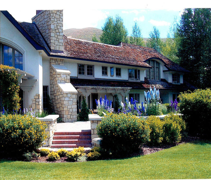 Additional photo for property listing at Elegant English Country Manor 101 Wedeln Sun Valley, Idaho 83340 United States