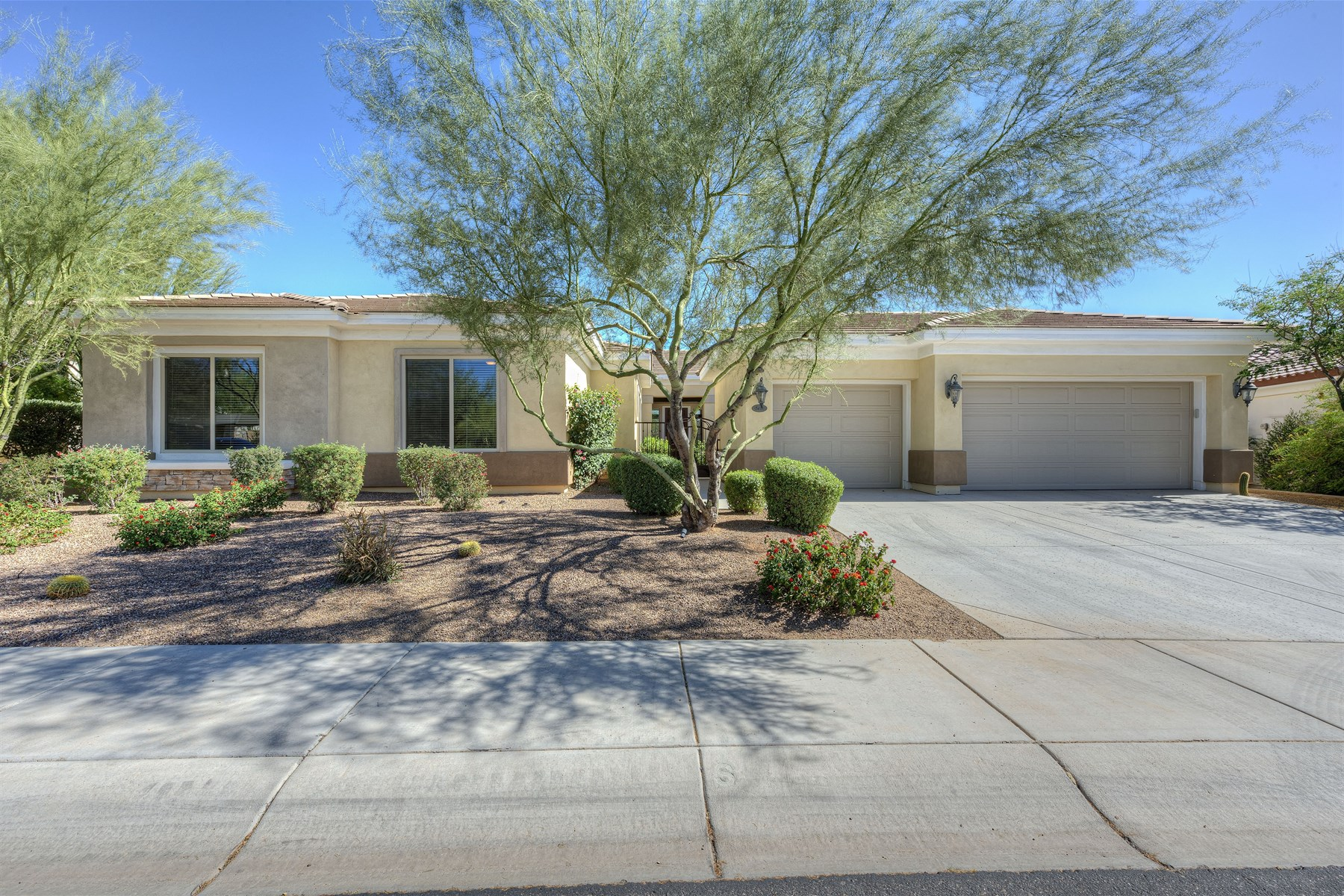 Single Family Home for Sale at Highly upgraded home on a premium 1/3 acre lot 5413 E Milton Dr Cave Creek, Arizona 85331 United States