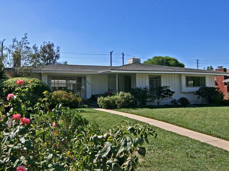 Villa per Vendita alle ore 750 Santa Barbara Drive Claremont, California 91711 Stati Uniti