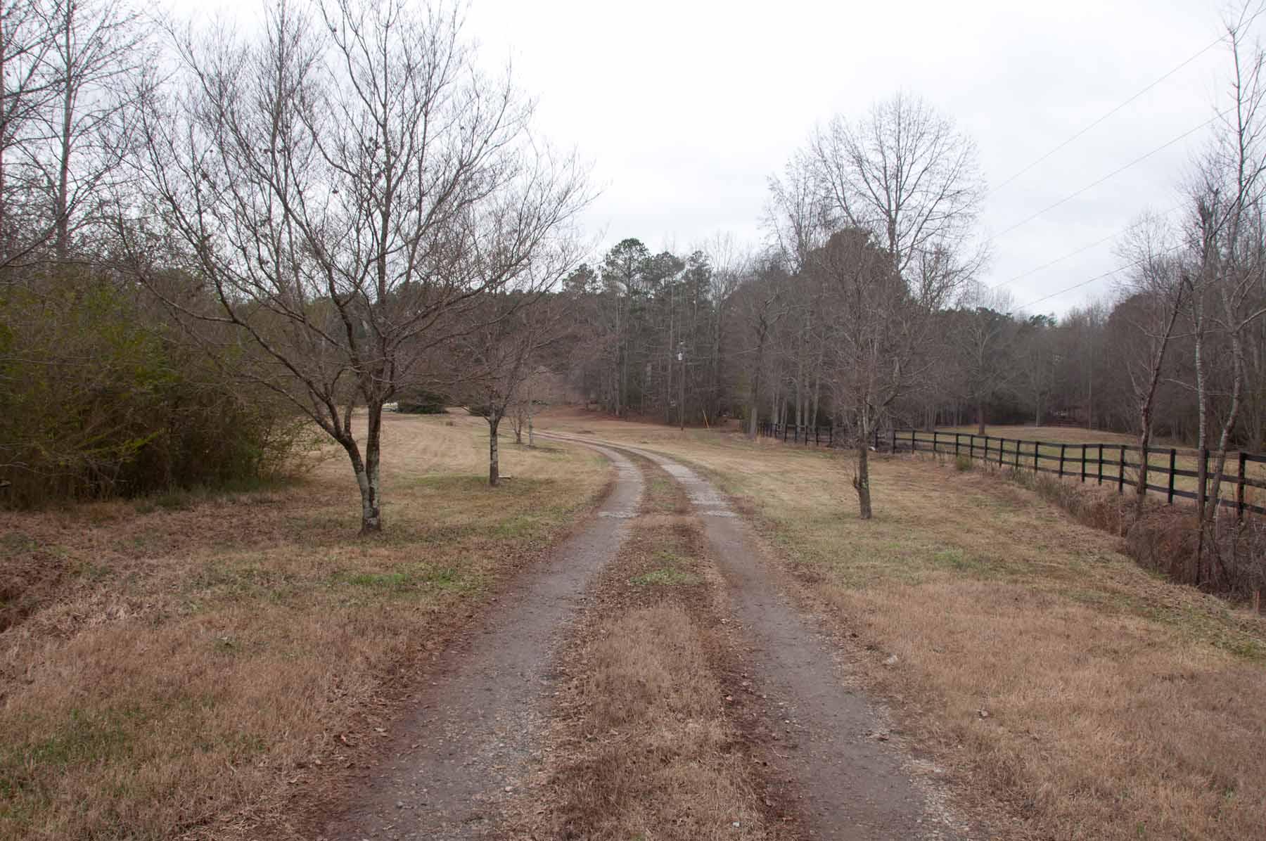 Terreno para Venda às Five and a Half Private Acres With Creek 5095 Karr Road Cumming, Geórgia, 30040 Estados Unidos