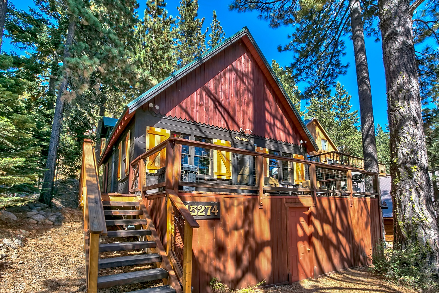 Single Family Home for Active at 15274 Donner Pass Road Truckee, California 96161 United States