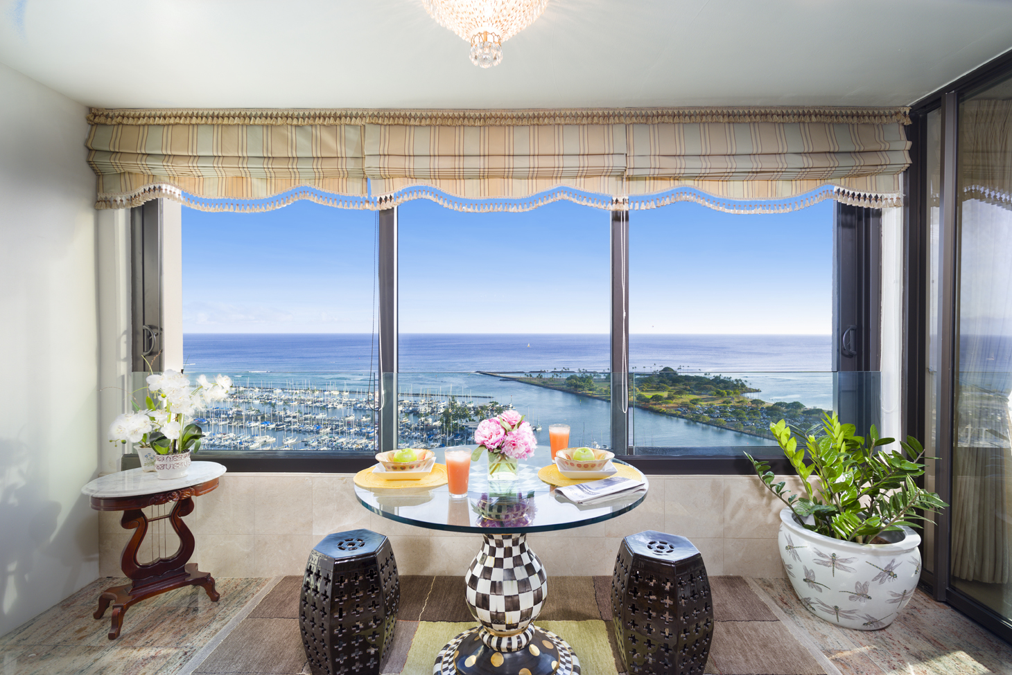 Single Family Home for Sale at Spectacular Viewpoints Ocean/Yacht Harbor Home 1600 Ala Moana Blvd #3204 Honolulu, Hawaii 96815 United States