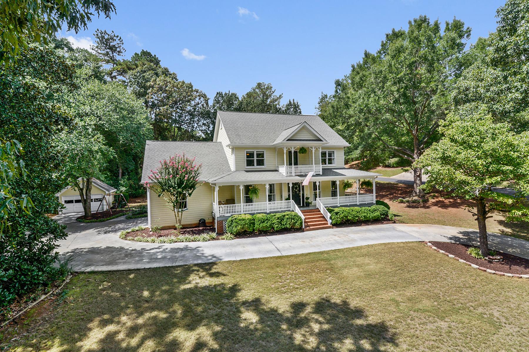 獨棟家庭住宅 為 出售 在 Traditional Victorian Farmhouse 2721 Harvest Drive SE Conyers, 喬治亞州, 30013 美國