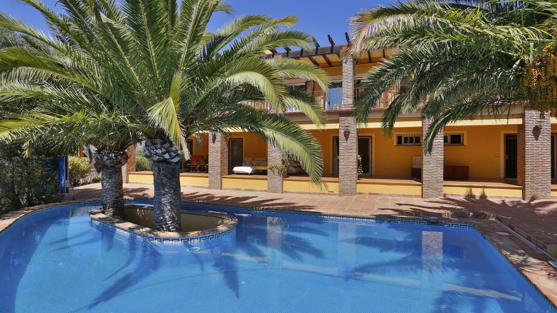 Einfamilienhaus für Verkauf beim Villa with stunning panoramic views Elviria Other Andalucia, Andalucia, 29600 Spanien