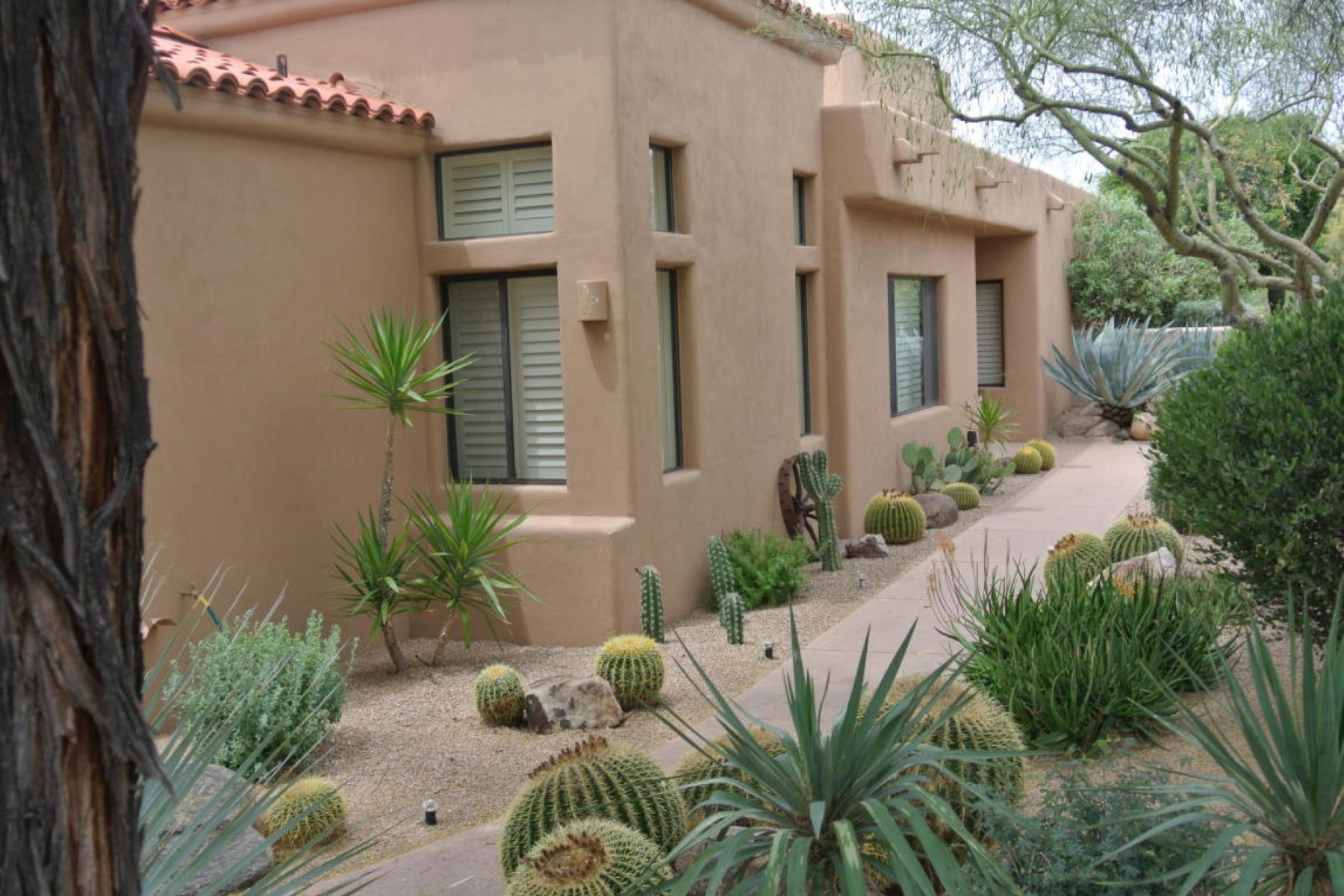 Property For Sale at Charming home in The Boulders
