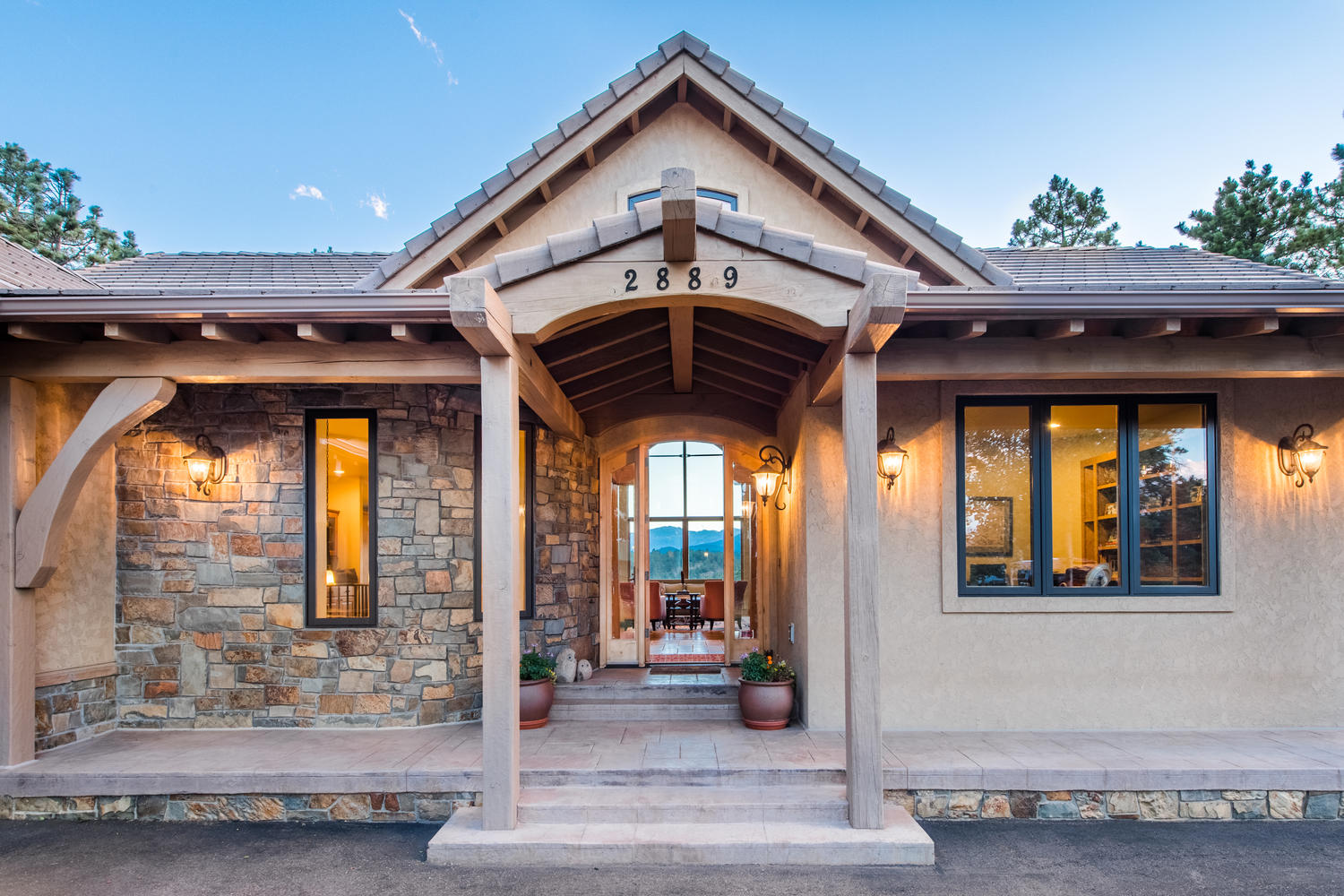 Nhà ở một gia đình vì Bán tại Breath Taking Views, Privacy and Style 2889 Highlands View Road Evergreen, Colorado, 80439 Hoa Kỳ