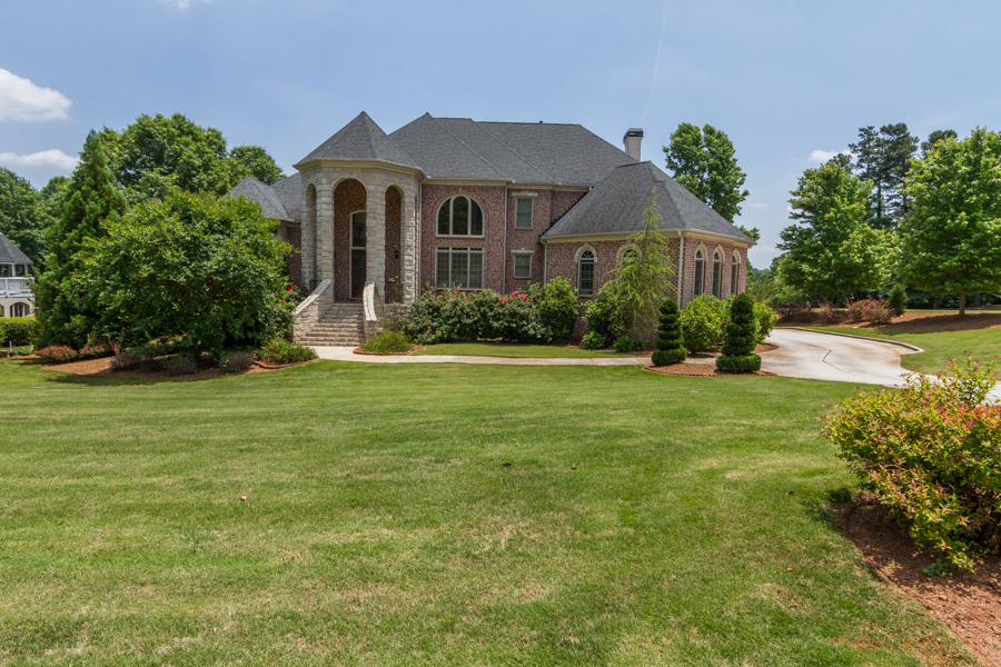 Additional photo for property listing at Breathtaking Custom Home 2328 Spencers Way Stone Mountain, Georgië 30087 Verenigde Staten