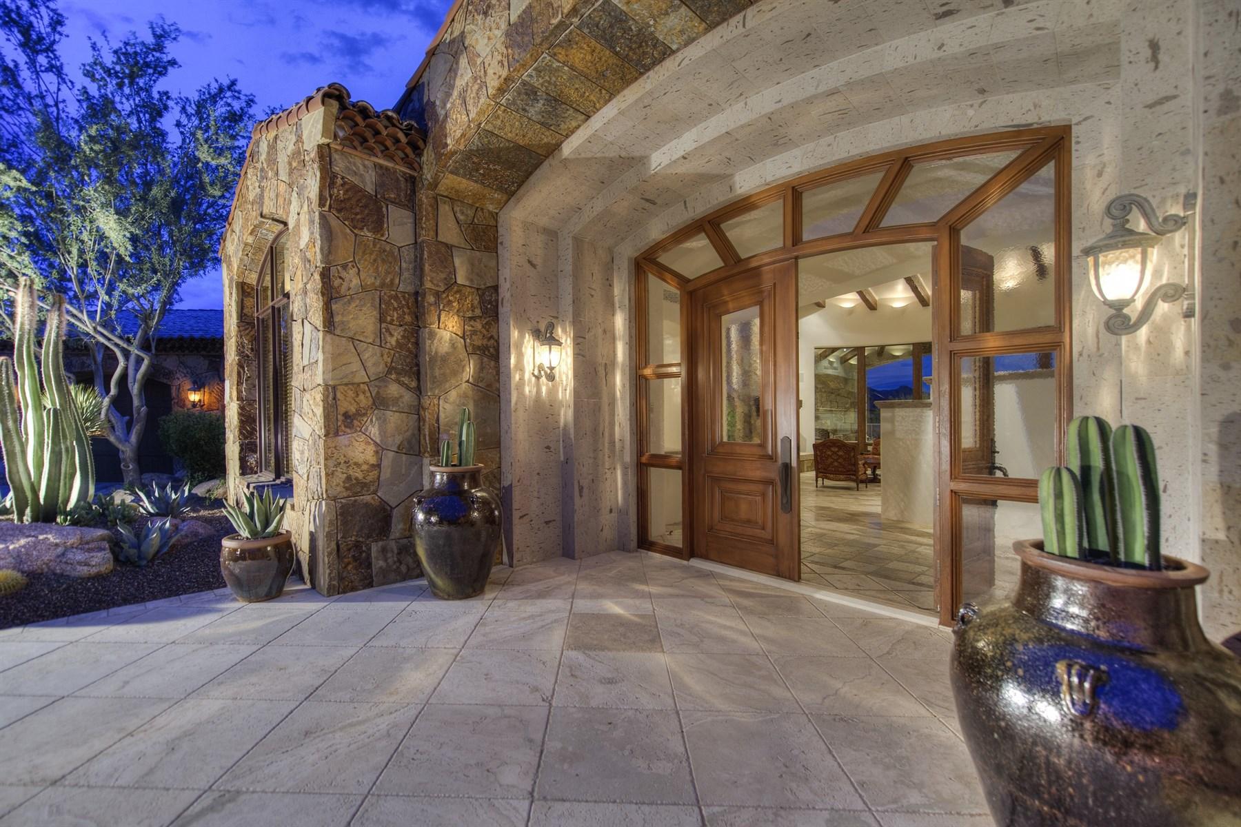 Einfamilienhaus für Verkauf beim Award-winning Builder and Architect combine to create an exquisite residence 7552 E Whisper Rock Trl Scottsdale, Arizona 85266 Vereinigte Staaten