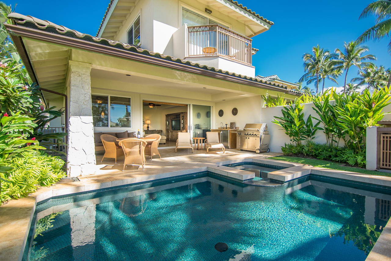 Property For Sale at Luxurious Hawaiian Life Style