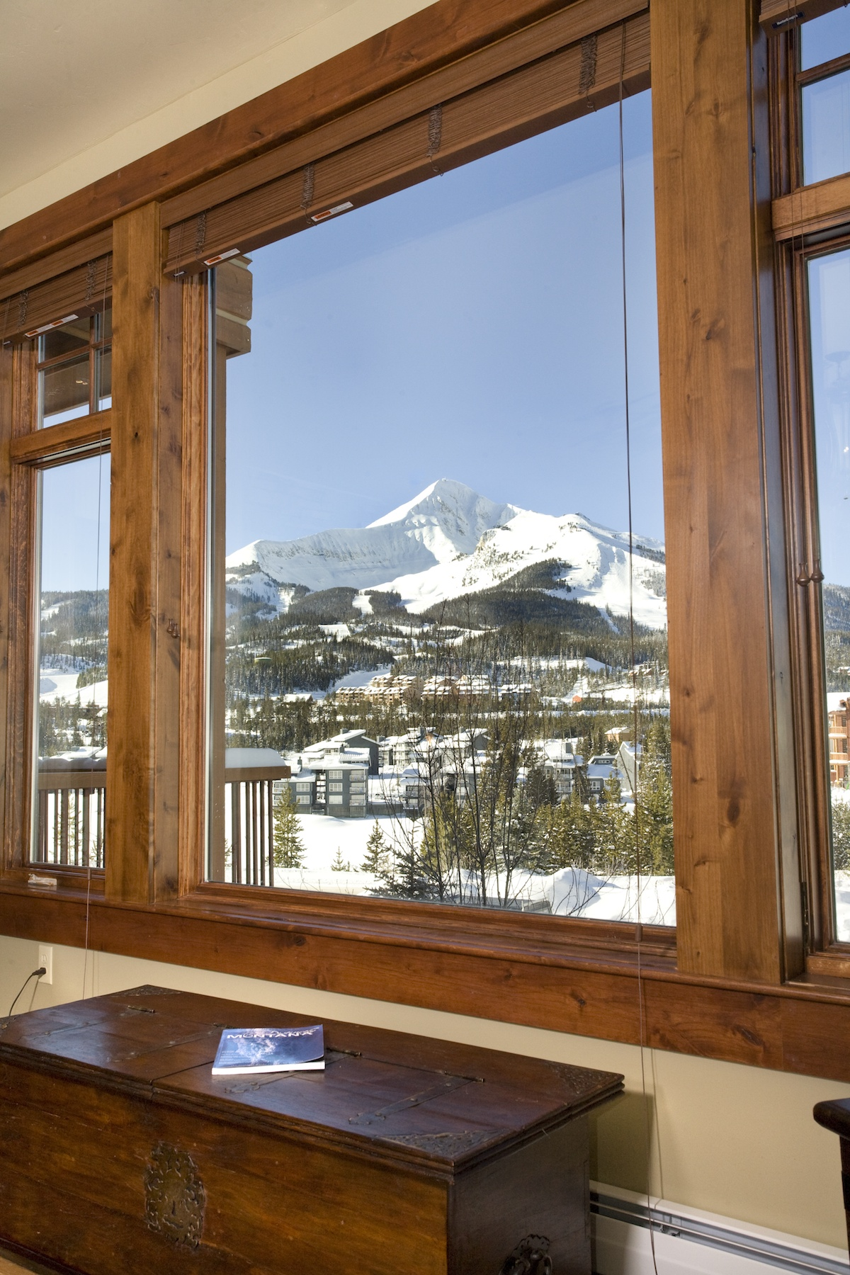 Condominio per Vendita alle ore Mountain Lake Condo 202 2 Summit View Road, #202 Big Sky, Montana 59716 Stati Uniti