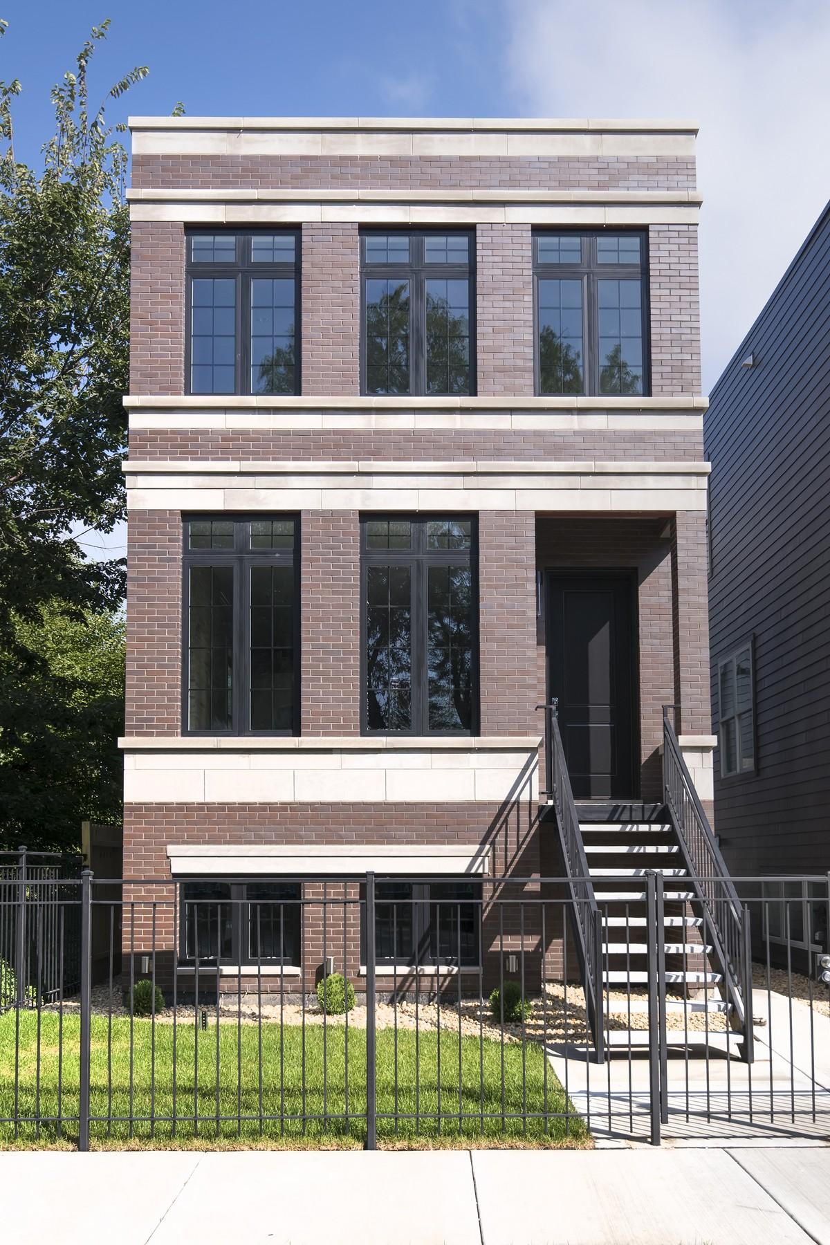 Casa para uma família para Venda às Remarkable New Construction 4847 S Champlain Avenue Hyde Park, Chicago, Illinois 60615 Estados Unidos