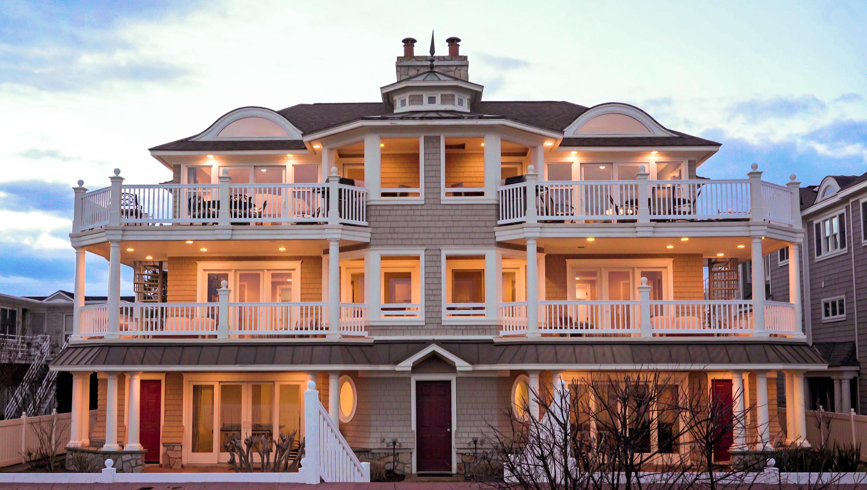 Кондоминиум для того Продажа на Beachfront Town Home 2319 Wesley Avenue North Ocean City, Нью-Джерси 08226 Соединенные Штаты