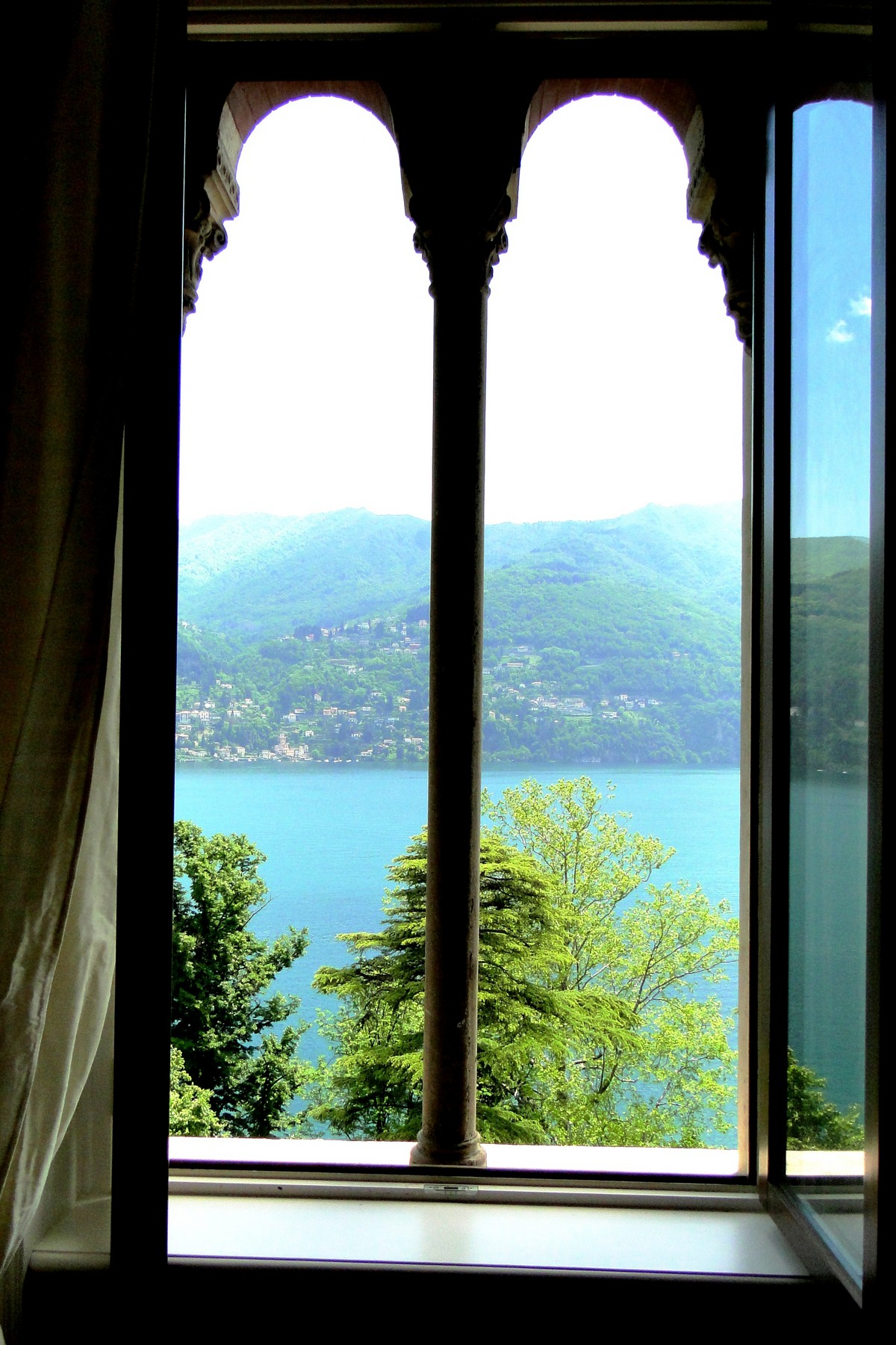 Additional photo for property listing at Penthouse with panoramic watchtower Laglio Laglio, Como 22010 Italia