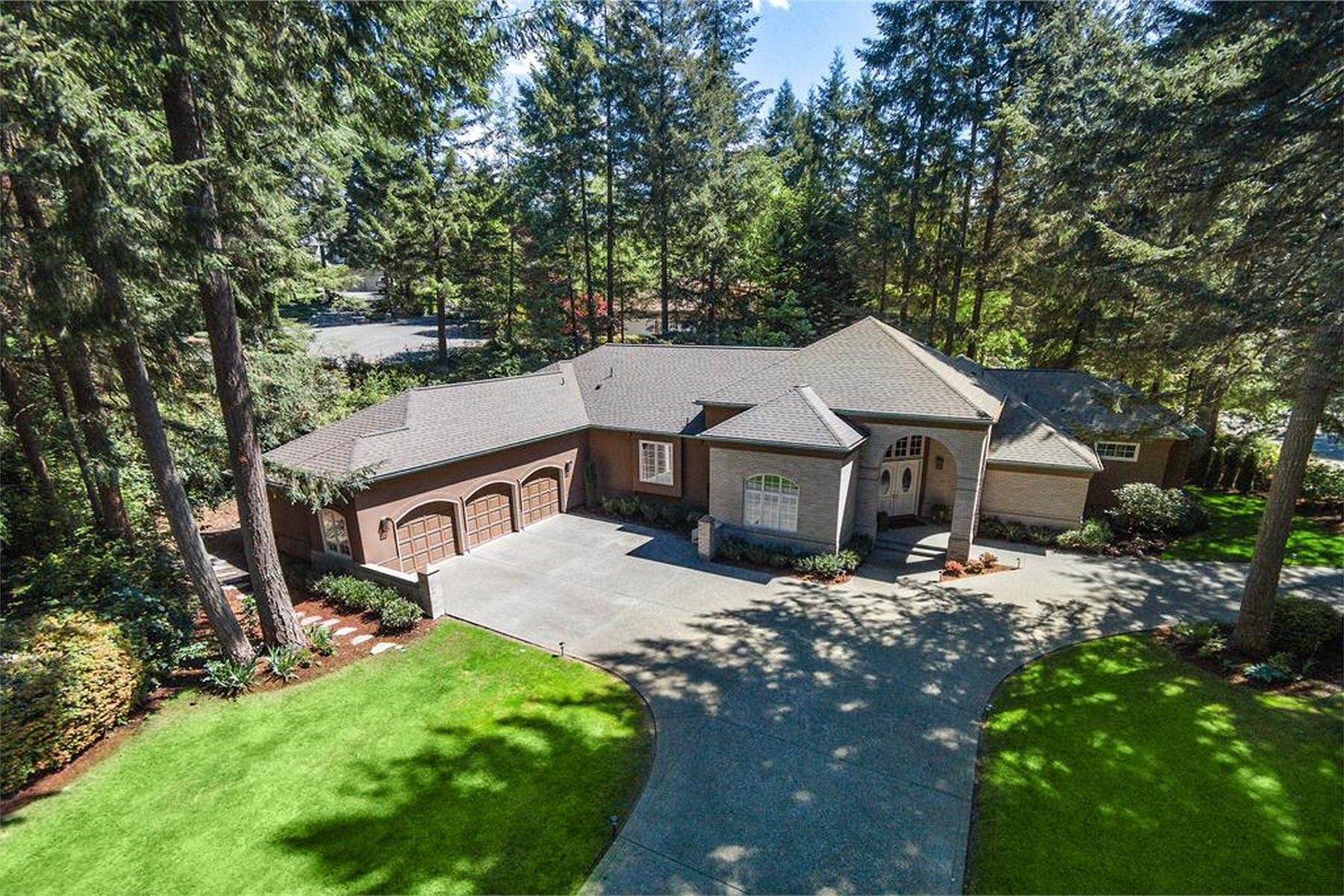 Single Family Home for Sale at Stunning Canterwood Rambler 4815 Canterwood Dr NW Gig Harbor, Washington, 98332 United States