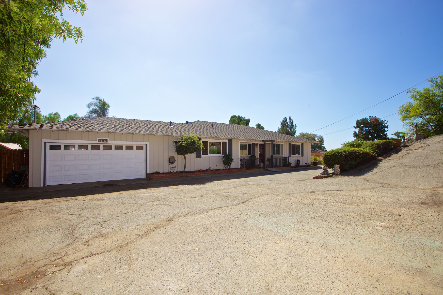 Additional photo for property listing at 10413 San Vicente Blvd  Spring Valley, California 91977 Estados Unidos