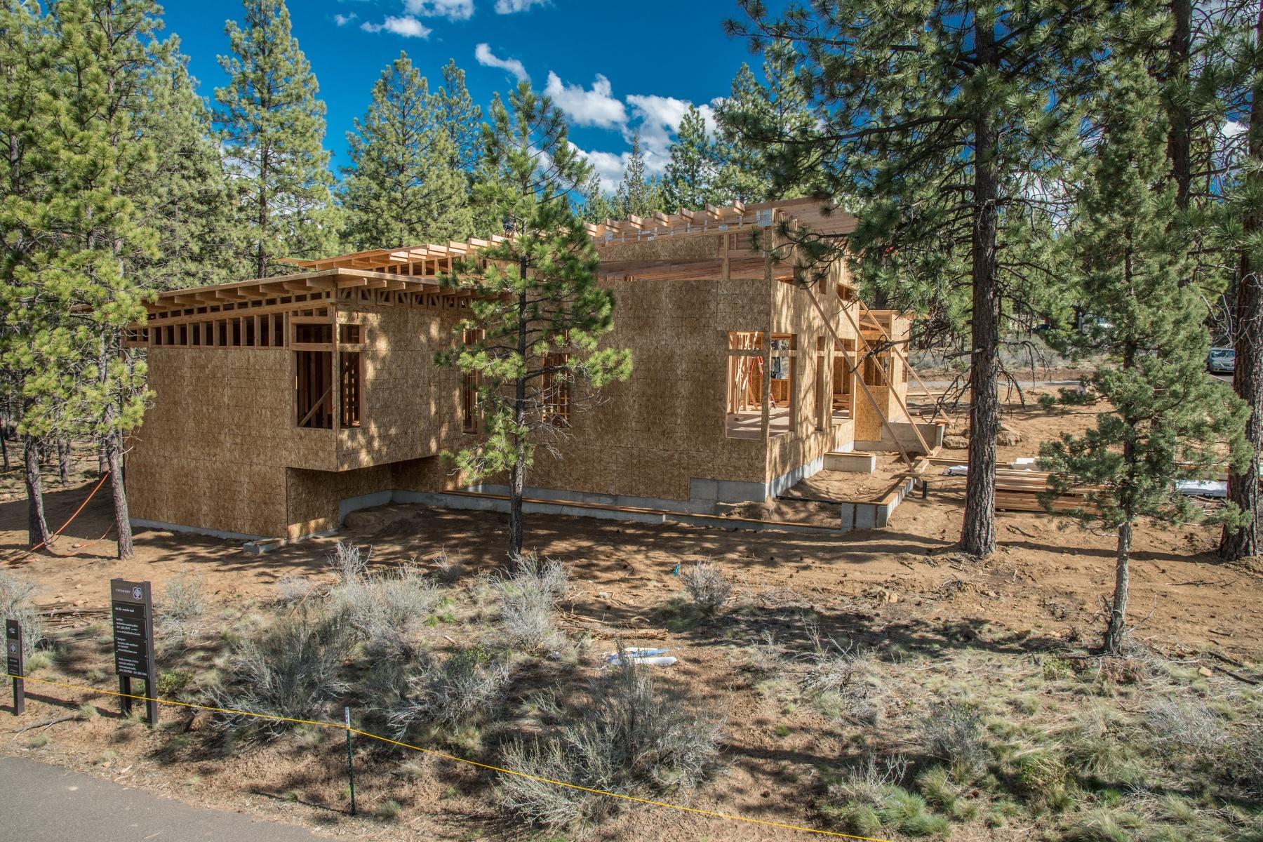 Single Family Home for Sale at Tetherow 19450 Bainbridge Ct Bend, Oregon 97702 United States