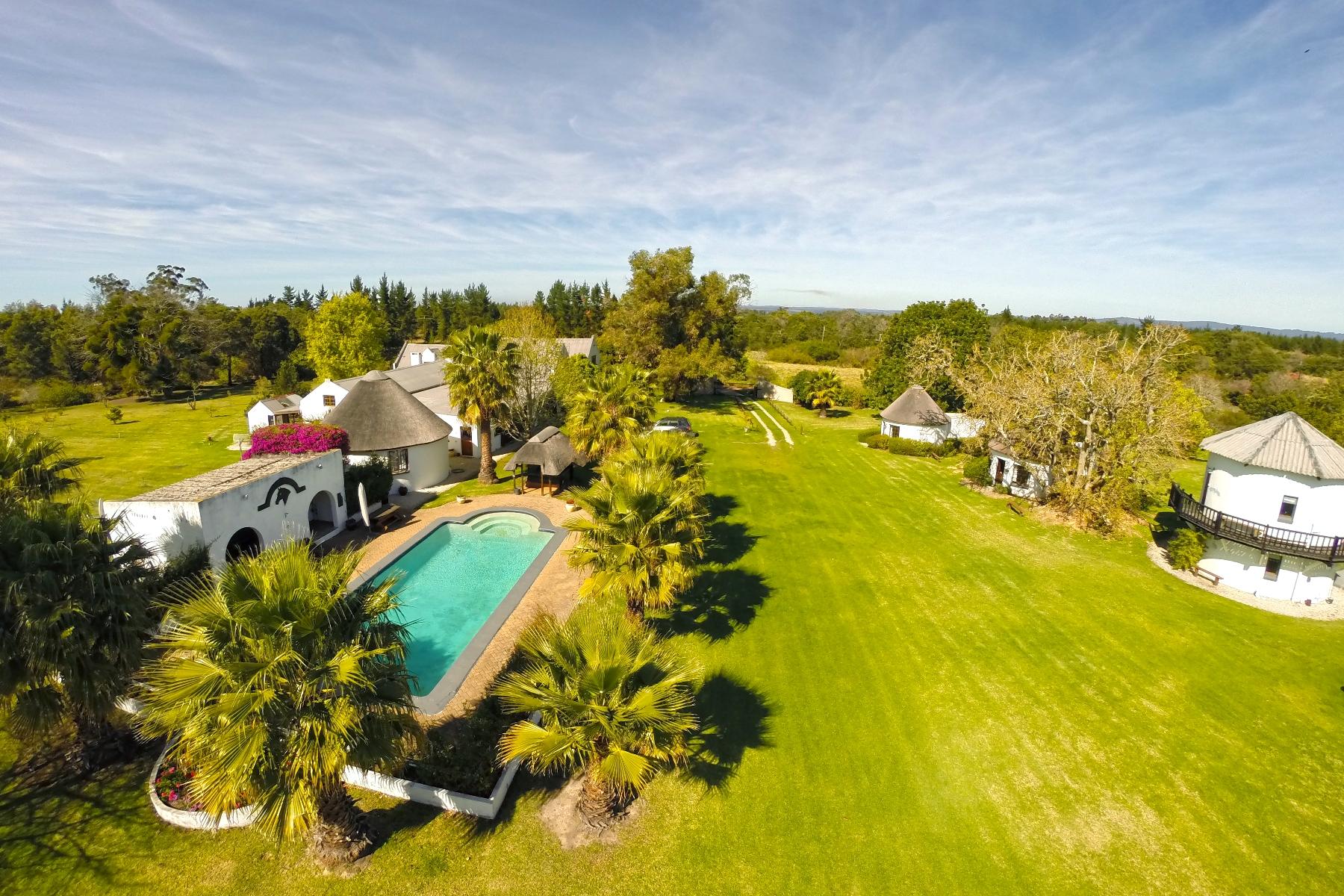 農場 / 牧場 / 種植場 為 出售 在 Bella Manga Plettenberg Bay, 西開普省, 6600 南非