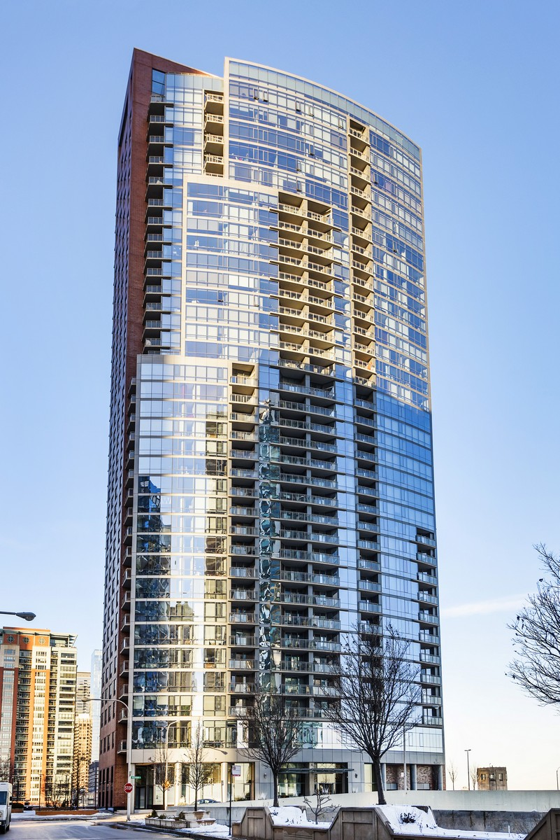 Condominium for Sale at Lake Shore East's Luxury Building - The Chandler 450 E Waterside Drive Unit 402 Near North Side, Chicago, Illinois, 60601 United States