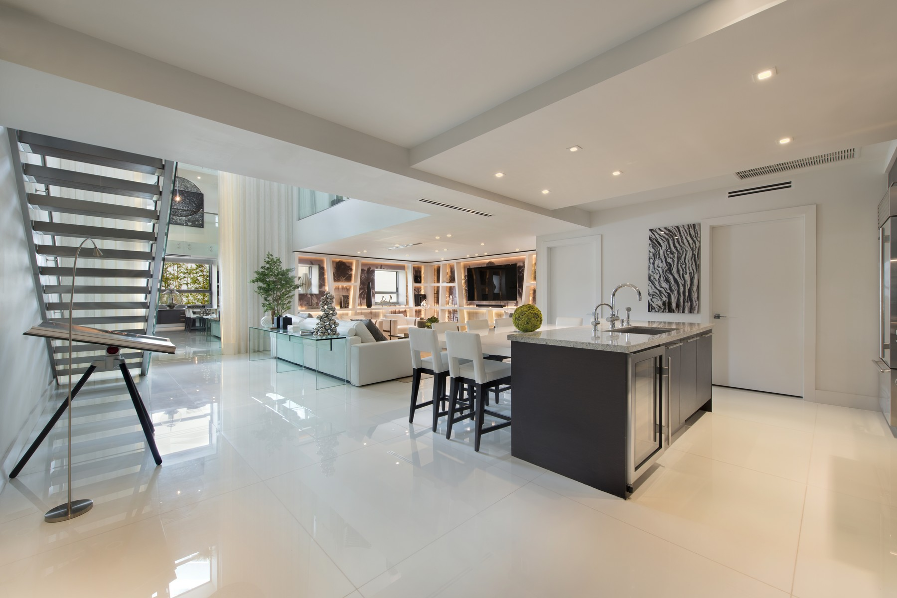 Nhà chung cư vì Bán tại 125 Ocean Dr #F201 Miami Beach, Florida 33139 Hoa Kỳ