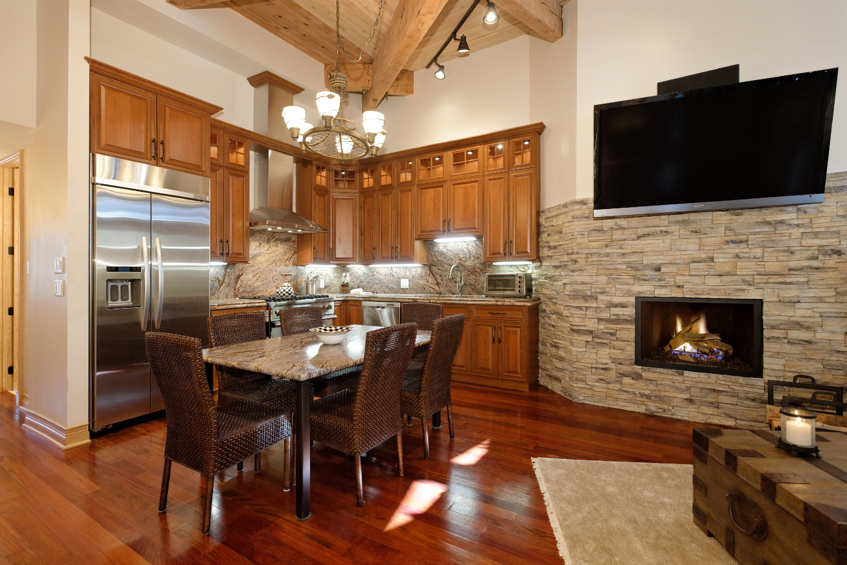 sales property at Ski-InSki-Out Aspen Mtn. Condo