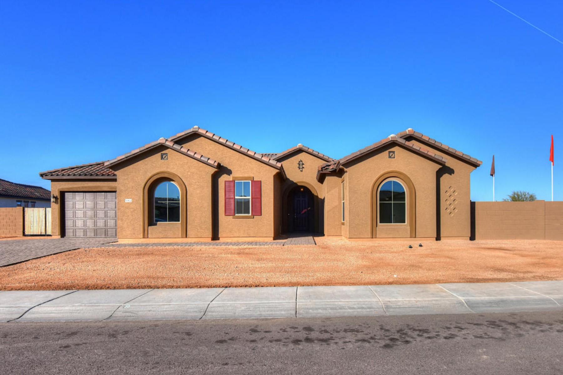 独户住宅 为 销售 在 Beautiful brand new three bedroom plus den 31852 N 61st St 凯夫克里克, 亚利桑那州 85331 美国