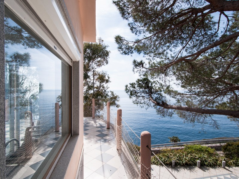 Property For Sale at Waterfront villa with pool at Isola d'Elba