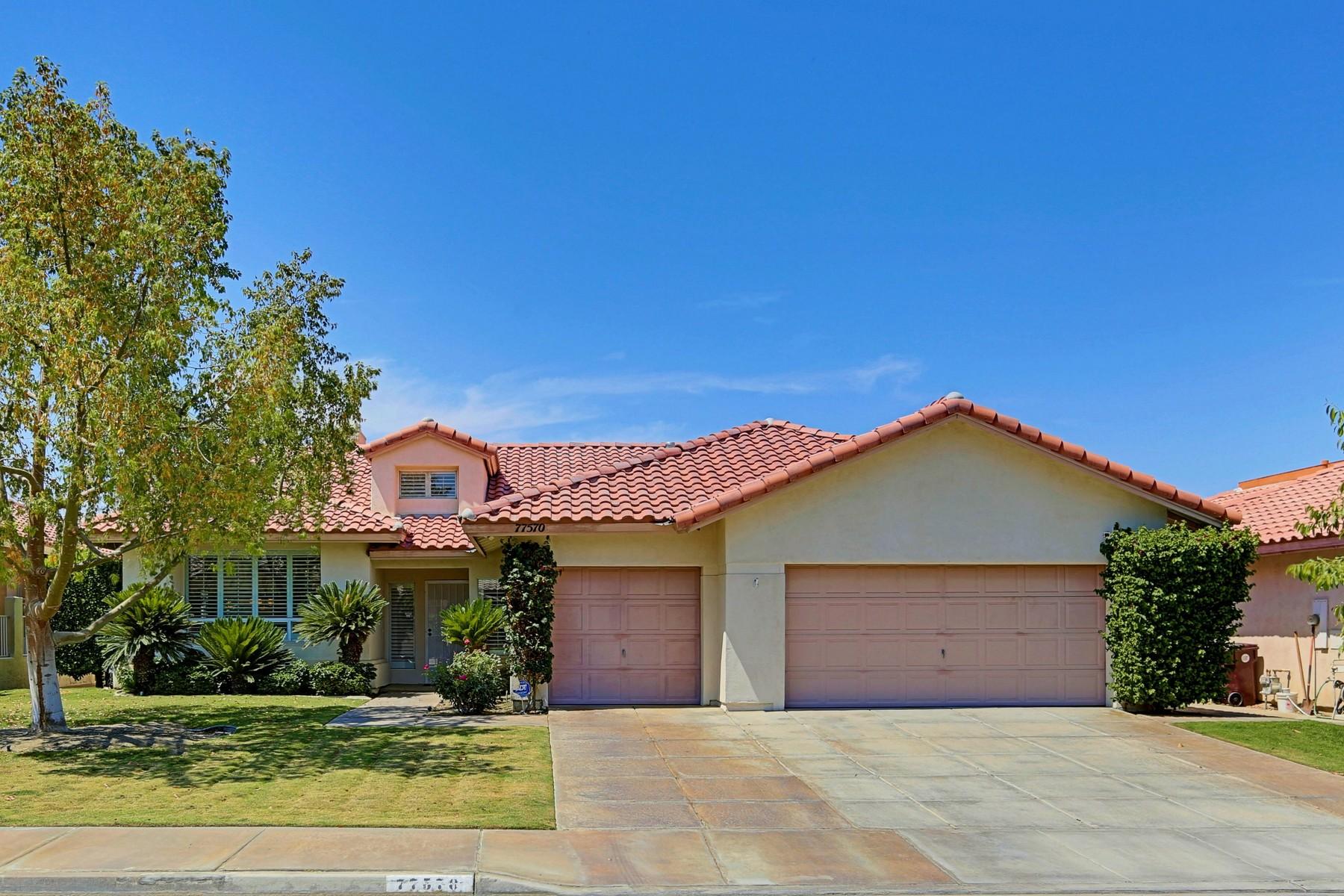 Maison unifamiliale pour l Vente à 77570 Westbrook Court Palm Desert, Californie, 92211 États-Unis