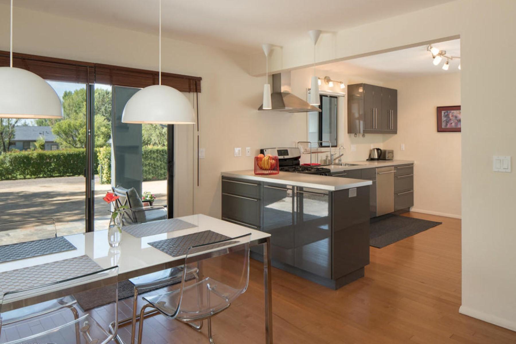 Tek Ailelik Ev için Satış at An impeccable home on over half an acre. 115 Deer Trail Drive Sedona, Arizona 86336 Amerika Birleşik Devletleri