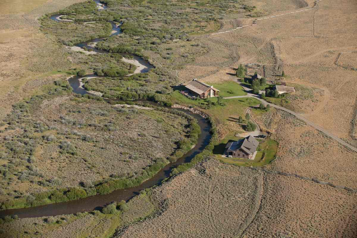 农场 / 牧场 / 种植园 为 销售 在 Lost Creek Ranch 斯坦利, 83278 美国