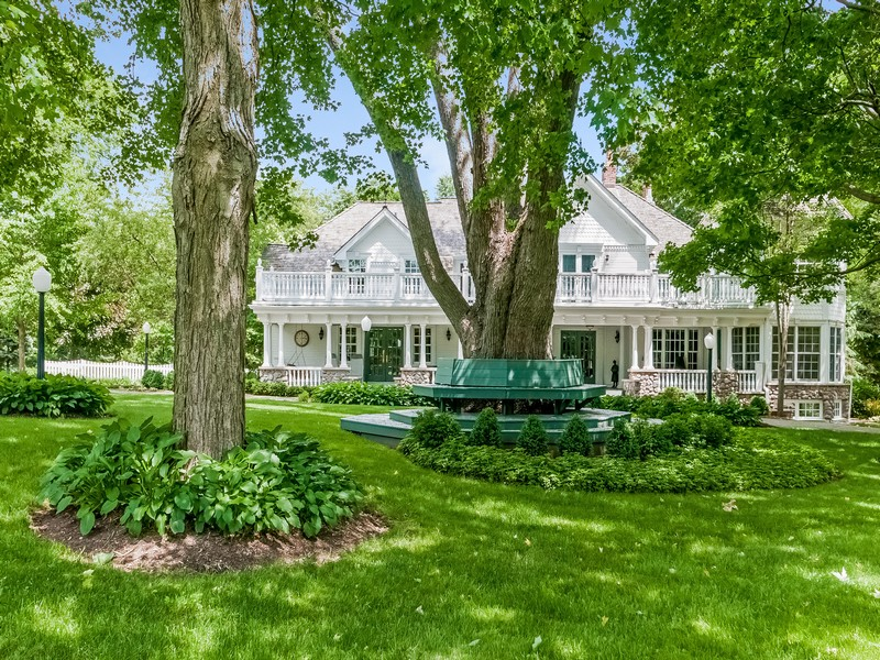 Casa Unifamiliar por un Venta en The Original Merri Oaks Farm 570 Merri Oaks Lane Barrington Hills, Illinois, 60010 Estados Unidos