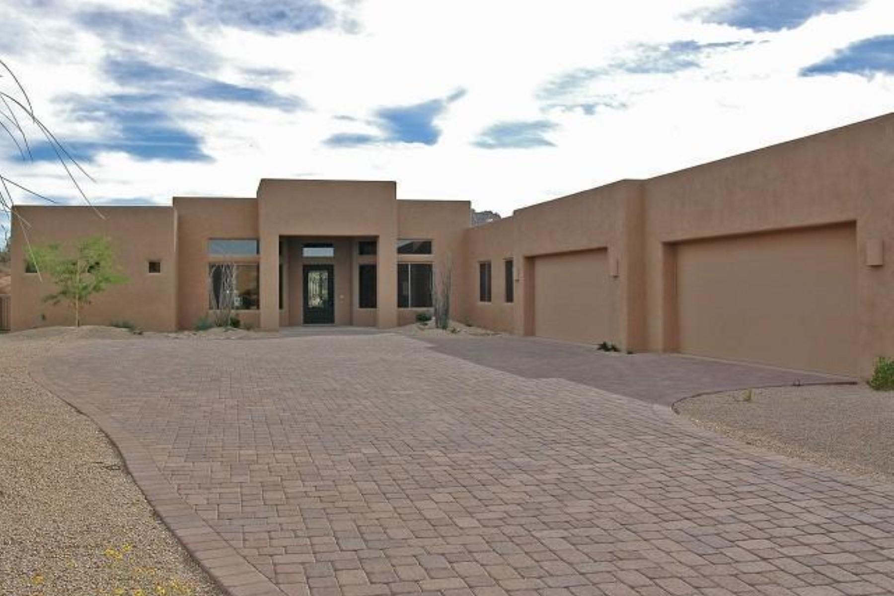Casa Unifamiliar por un Venta en Spectacular La Blonde home in gated Troon North. 11313 E Whitehorn Dr. Scottsdale, Arizona 85262 Estados Unidos