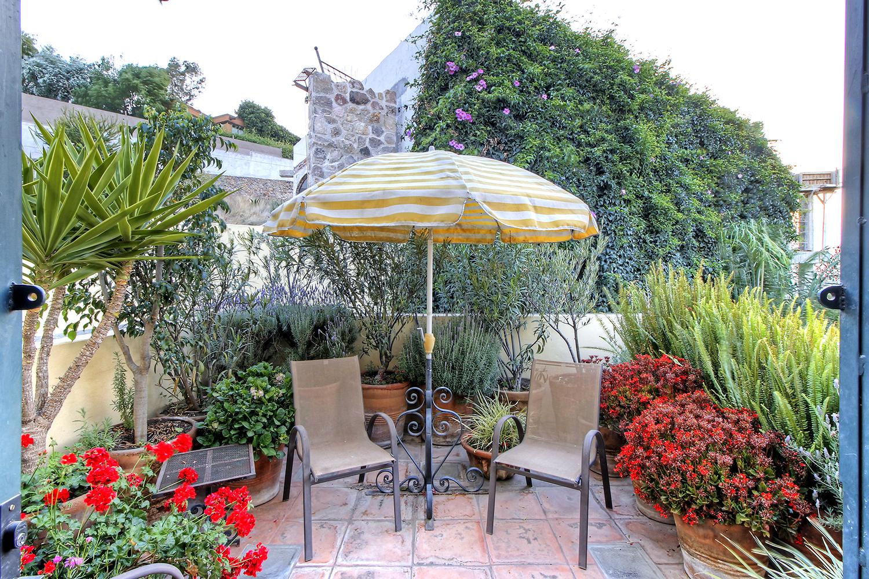 Additional photo for property listing at Casa de la Vista Privada Montitlan #17 San Miguel De Allende, Guanajuato 37720 México