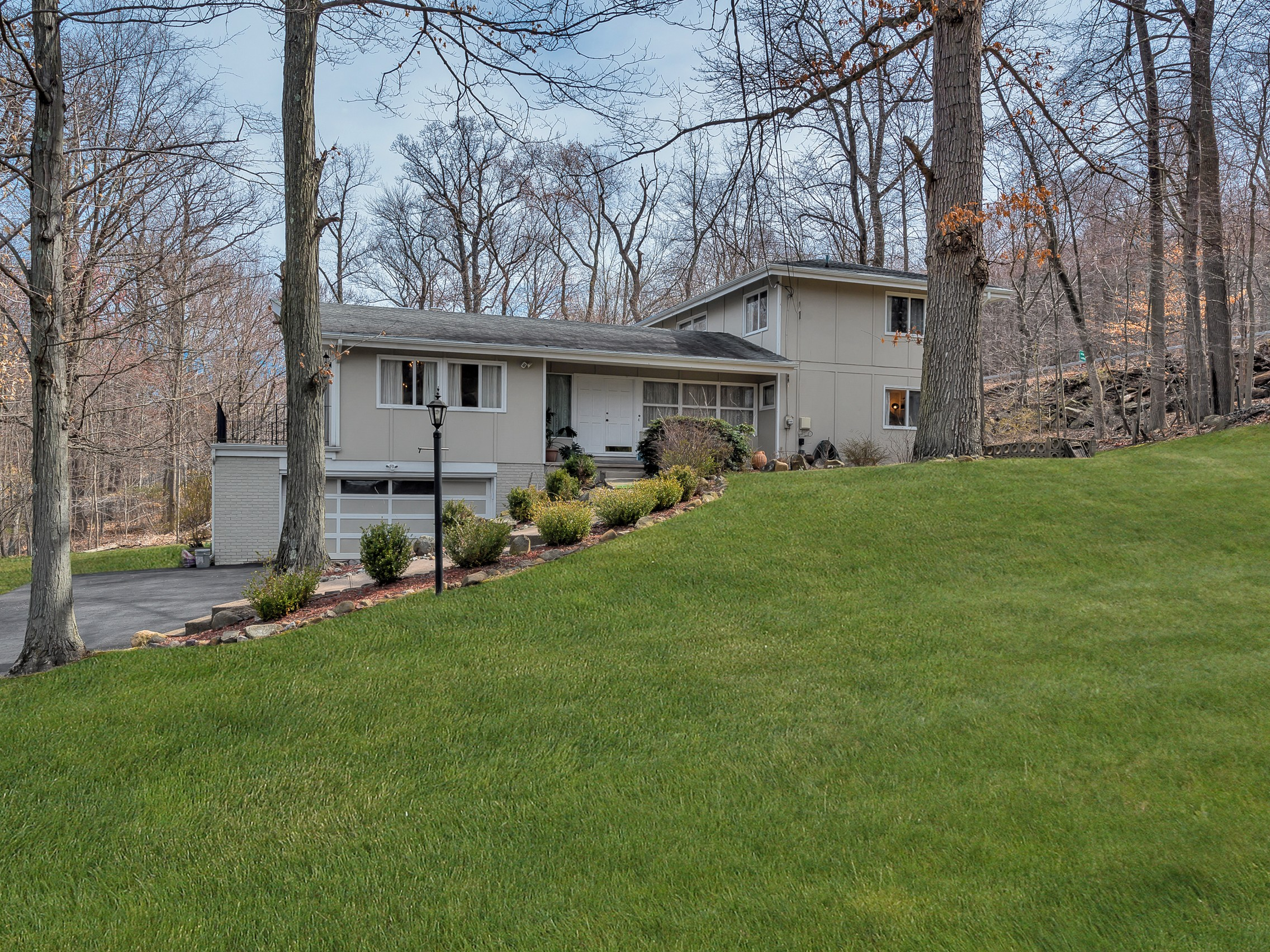 sales property at Colonial in Perfect Country Setting