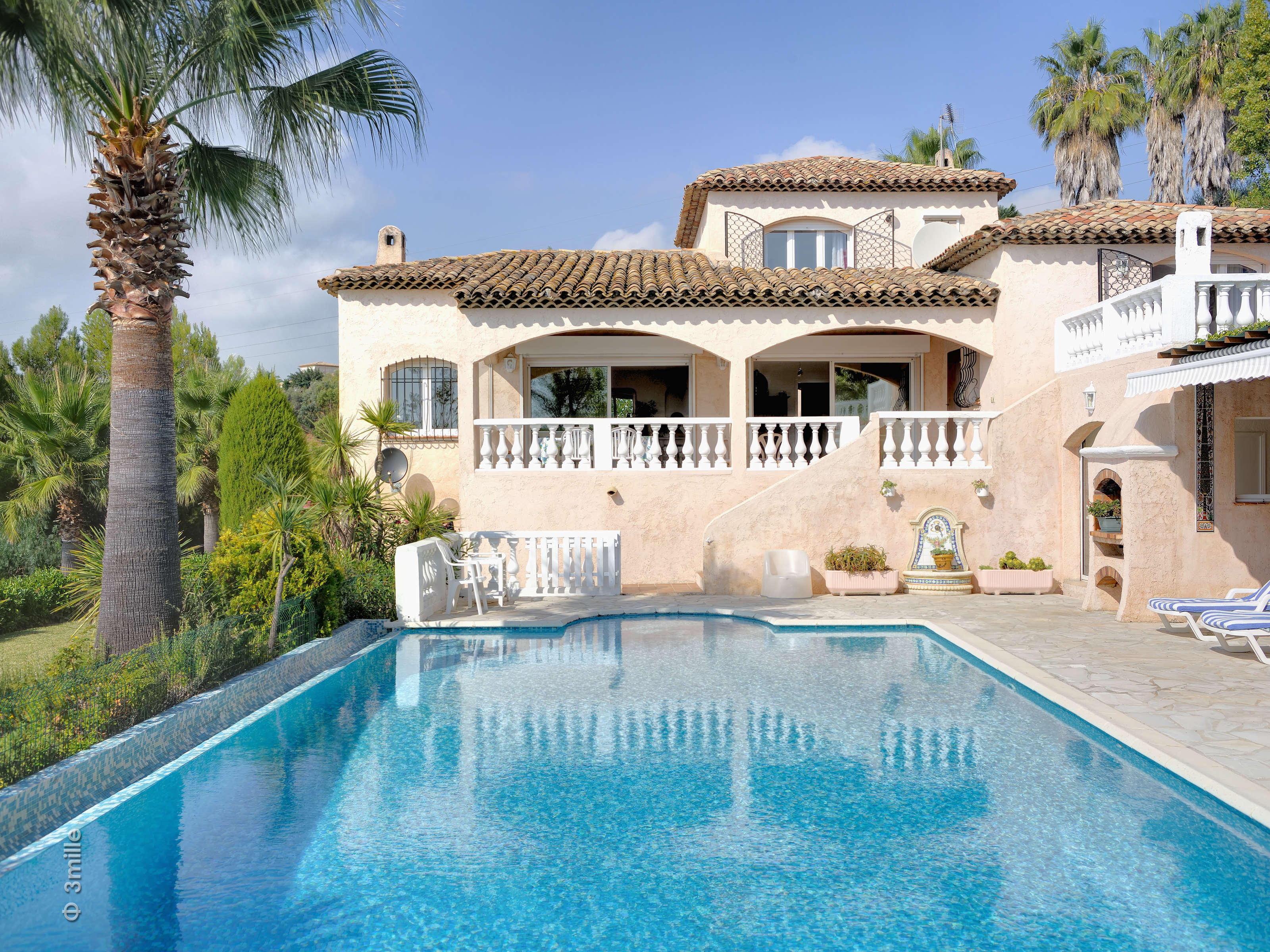 Single Family Home for Sale at Villa in Private Domain with Beautiful Sea Views Nice, Provence-Alpes-Cote D'Azur 06000 France