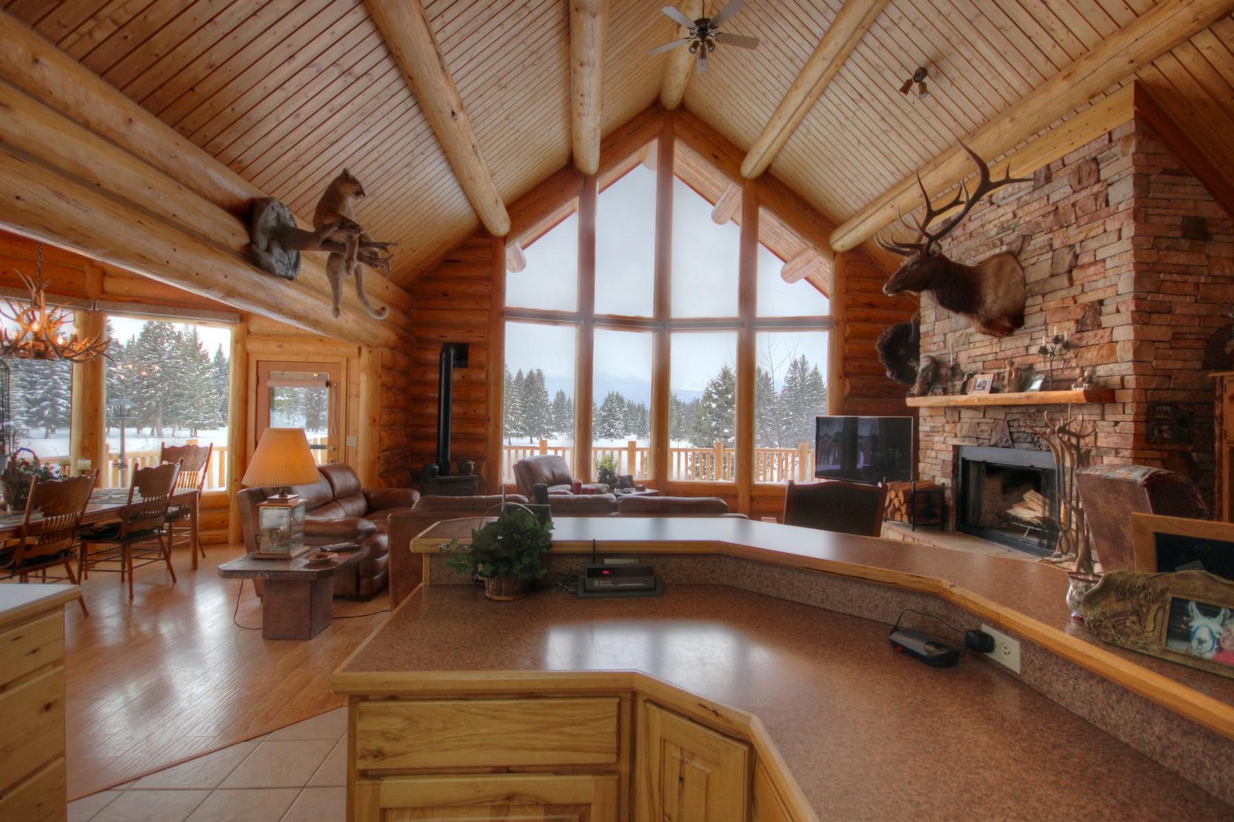 Maison unifamiliale pour l Vente à Smith Meadows 870 Smith Meadows Lane Condon, Montana 59826 États-Unis