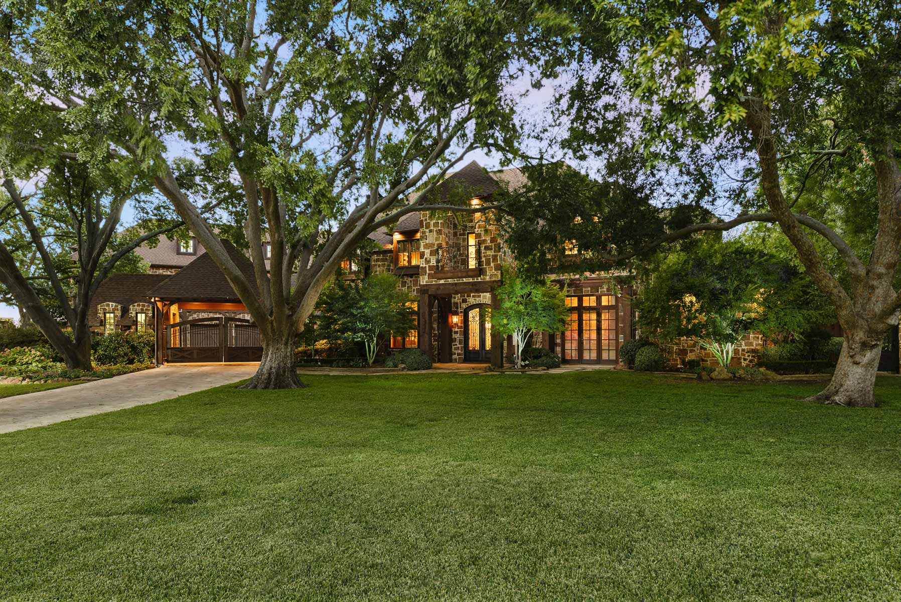 sales property at Fabulous Preston Hollow Traditional
