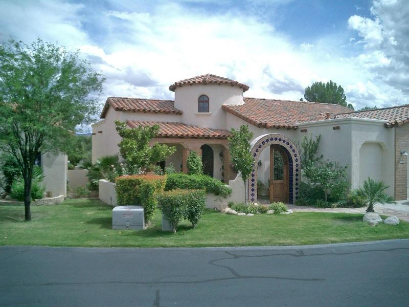 Single Family Home for Sale at Beautiful Dorn Built Ortero Model Home 66 Via Campestre Tubac, Arizona 85646 United States