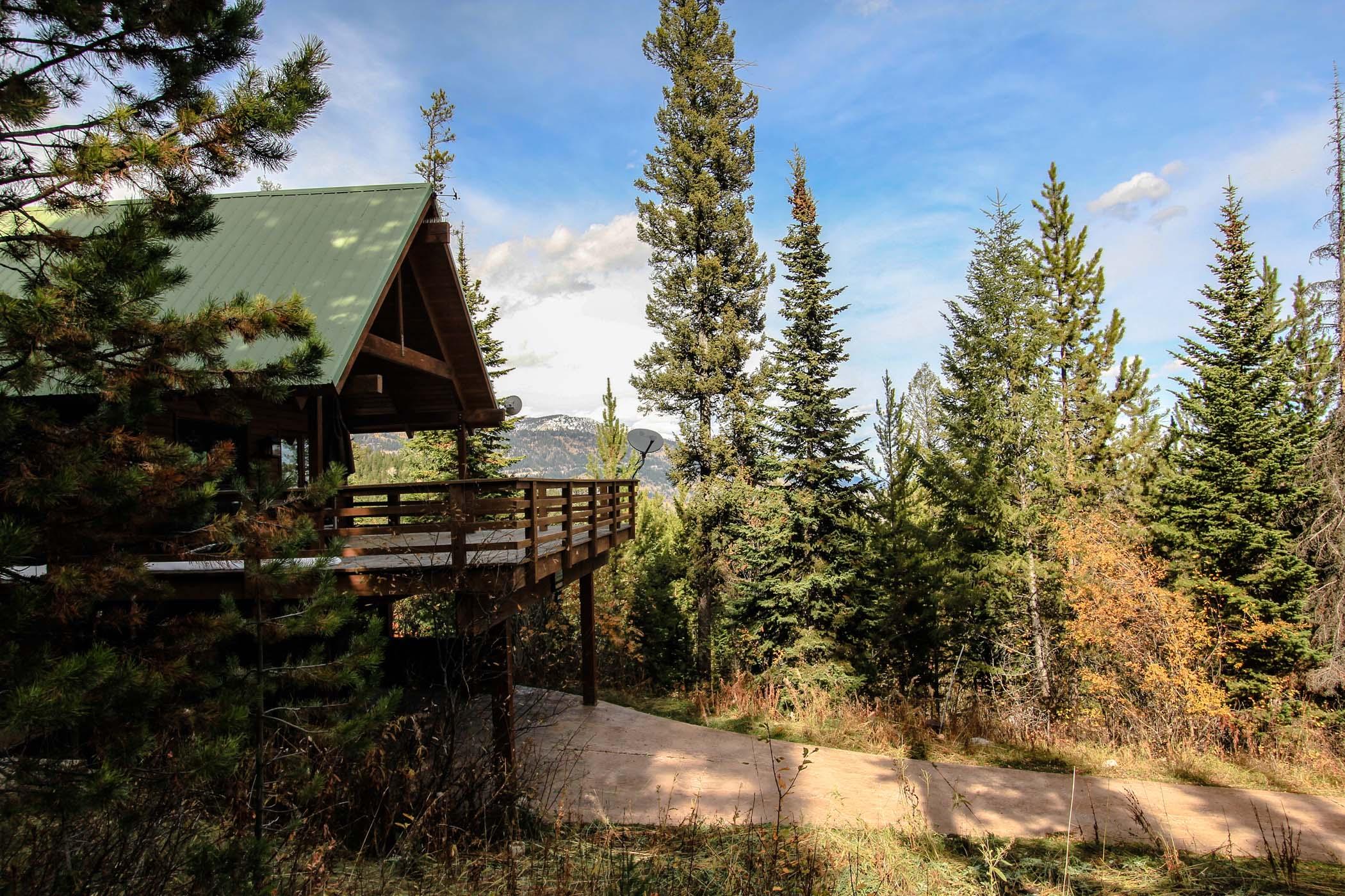 Maison unifamiliale pour l Vente à A Model Mountain Retreat for the Family 6825 W Lupine Road Wilson, Wyoming, 83014 Jackson Hole, États-Unis