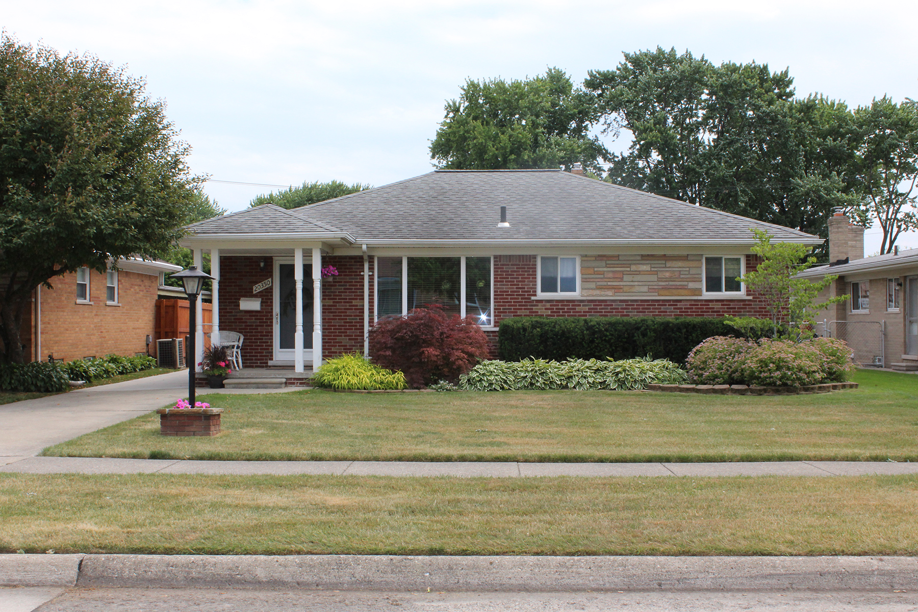 Villa per Vendita alle ore St Clair Shores 20350 Alexander St. Clair Shores, Michigan, 48081 Stati Uniti