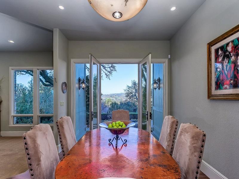 Casa para uma família para Venda às One Of A Kind, Custom Westside Danville Estate 489 Del Amigo Road Danville, Califórnia 94526 Estados Unidos