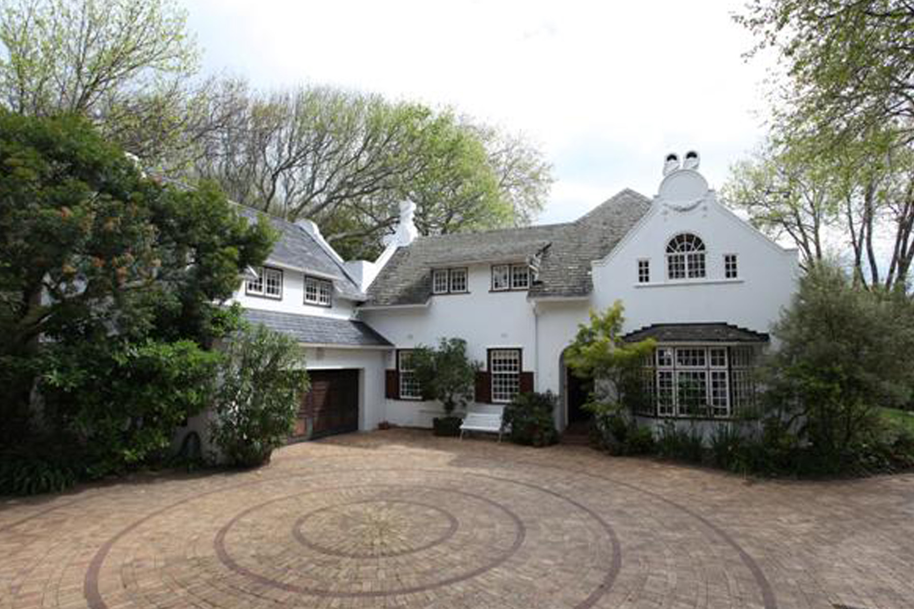 sales property at Grande dame of Bishopscourt built in 1982 - a home for a lifetime