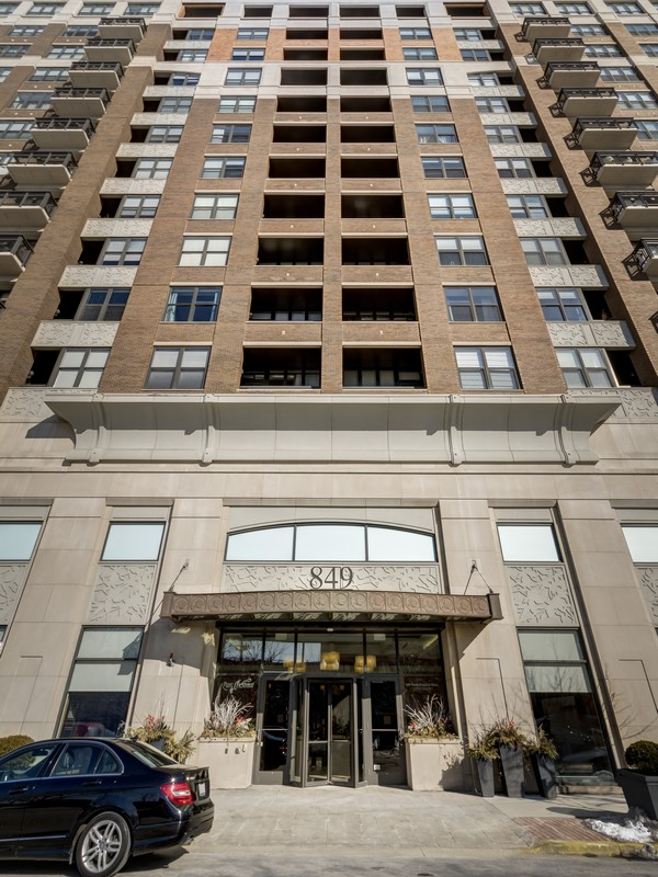 Eigentumswohnung für Verkauf beim Meticulous Penthouse Duplex Up 849 N Franklin Street Unit 1608 Near North Side, Chicago, Illinois 60610 Vereinigte Staaten