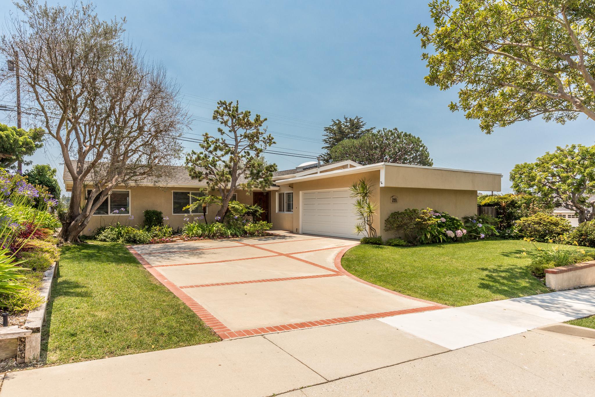 Vivienda unifamiliar por un Venta en 7002 Abbottswood Drive Rancho Palos Verdes, California, 90275 Estados Unidos