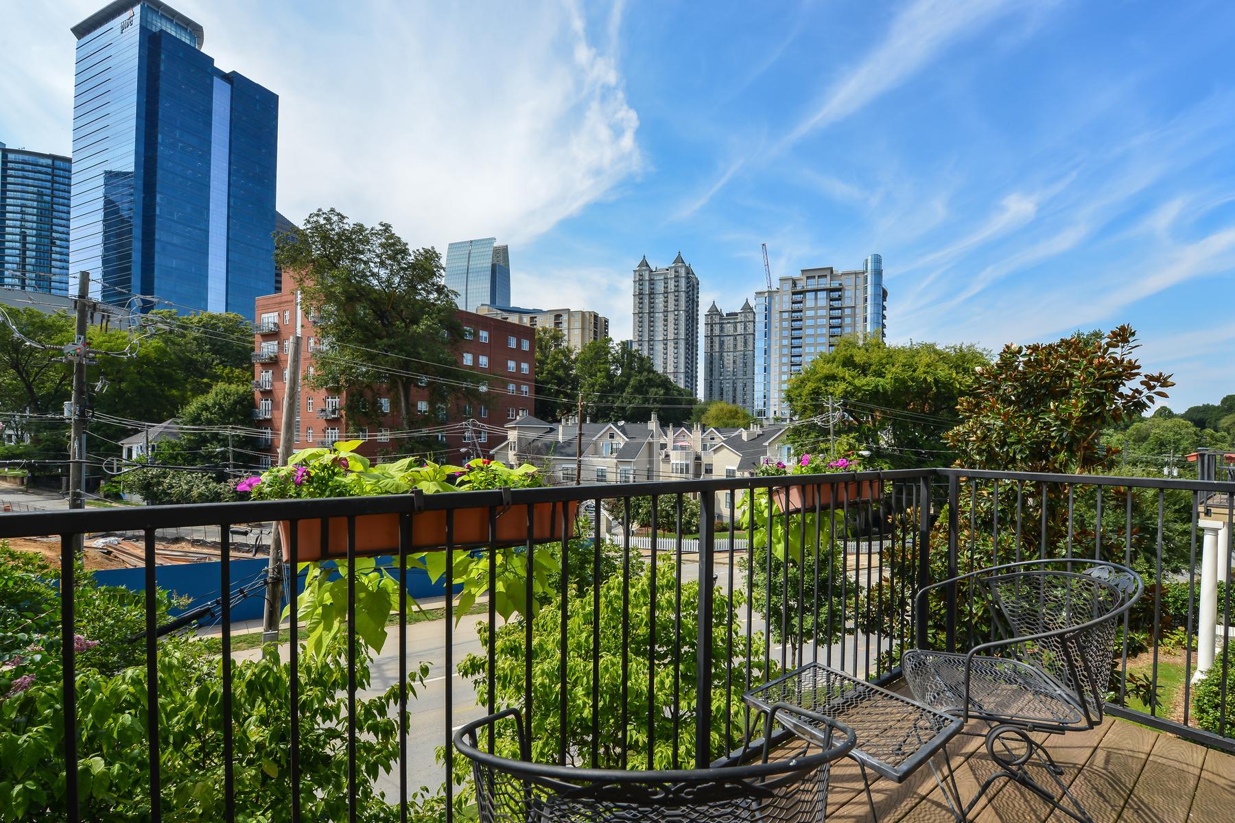 Condominio per Vendita alle ore Corner Unit City View 1029 Piedmont Ave NE #201 Atlanta, Georgia 30309 Stati Uniti