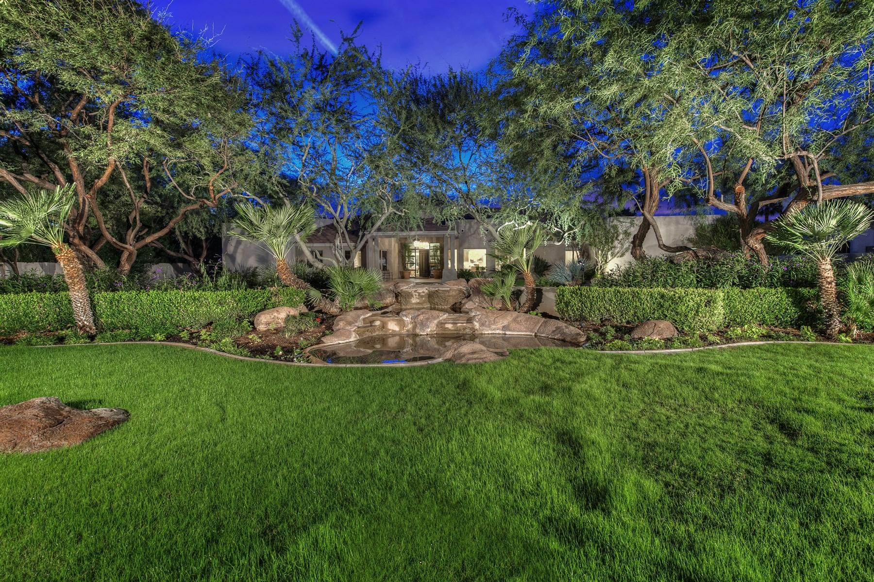 Tek Ailelik Ev için Satış at Beautiful home with private gated entrance 9322 N 71ST ST Paradise Valley, Arizona 85253 Amerika Birleşik Devletleri