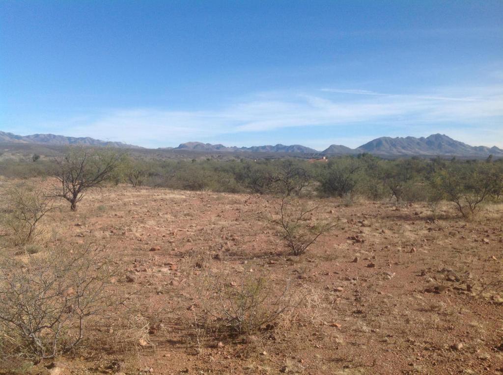 Terreno por un Venta en Well Located Parcel Tbd E Frontage Rd Tubac, Arizona 85646 Estados Unidos