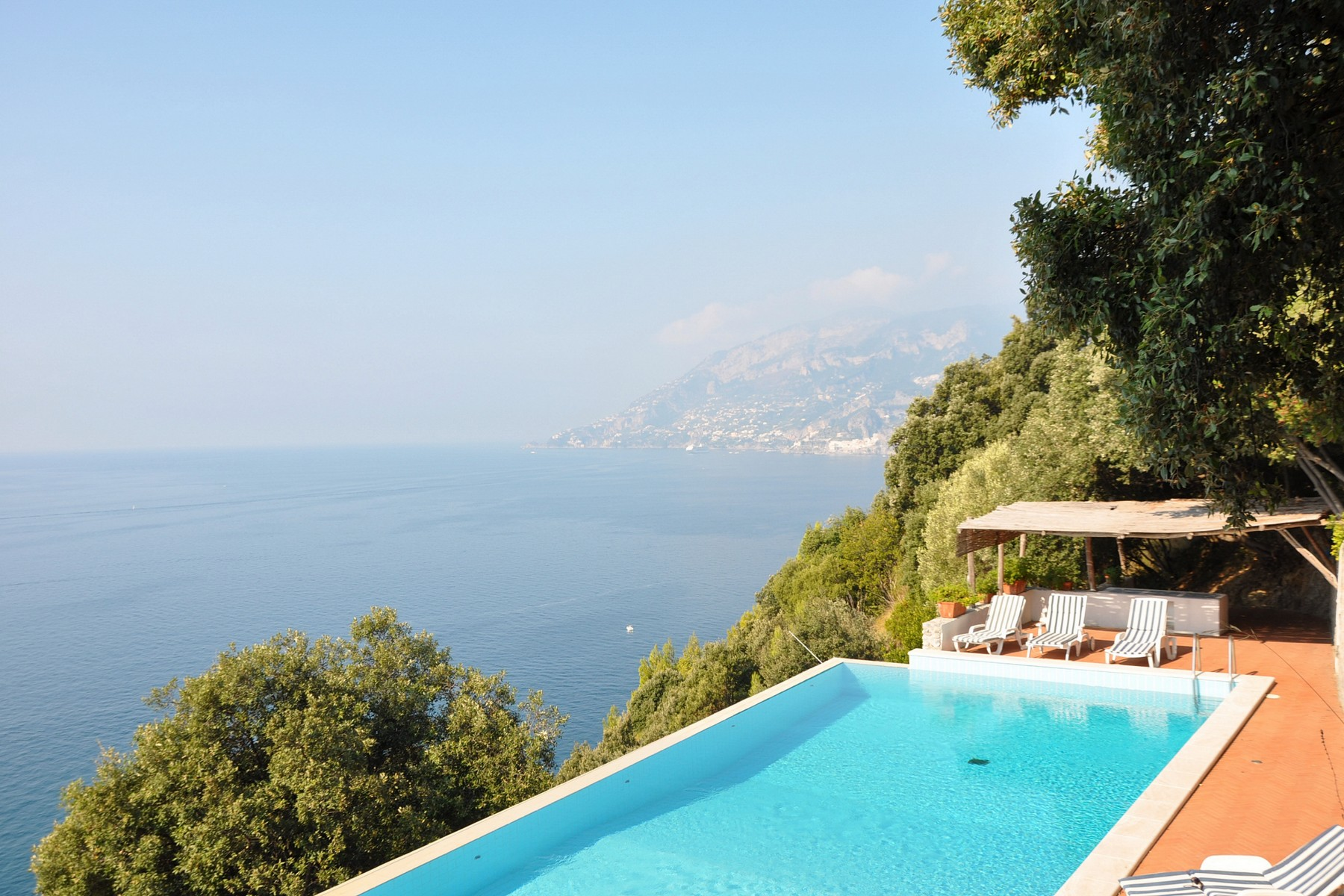 Single Family Home for Sale at Villa pied dans l'eau in Amalfi coast Maiori, Naples 84100 Italy